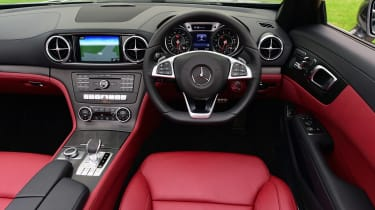 Mercedes SL 400 - dash