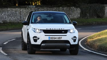 Land Rover Discovery Sport - front cornering