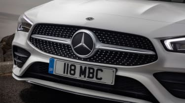 Mercedes CLA 250 AMG Line - grille