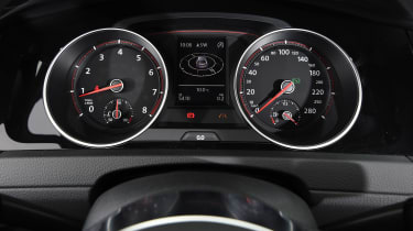Volkswagen Golf GTI Clubsport - dials