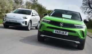 Vauxhall Mokka-e vs Kia e-Niro - front