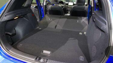Kia Ceed - boot seats down