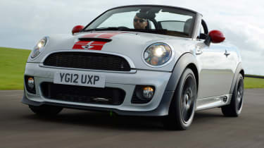 MINI JCW Roadster front tracking