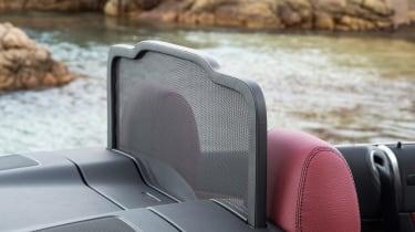 New Mercedes C-Class Cabrio - wind deflector