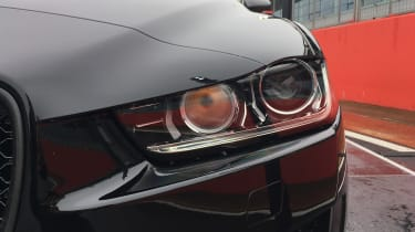 Jaguar XE 300 Sport - headlight
