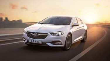 New Vauxhall Insignia Grand Sport - front action