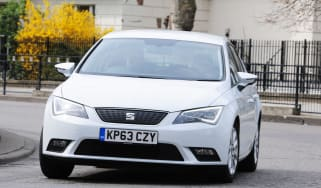 SEAT Leon Ecomotive front action