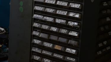 Parts tray