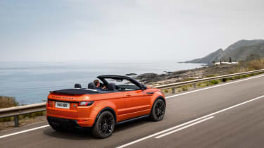 Range Rover Evoque Convertible rear tracking