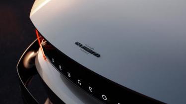Peugeot e-LEGEND - front detail