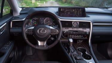 Lexus RX 450h dash