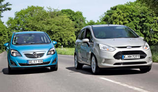 Ford B-MAX vs Vauxhall Meriva