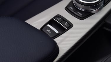 BMW 430i Convertible - roof button