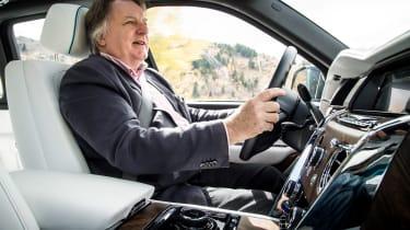 Rolls-Royce Cullinan - driving