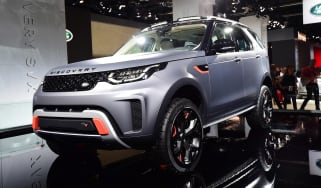 Frankfurt - Land Rover Discovery SVX - front