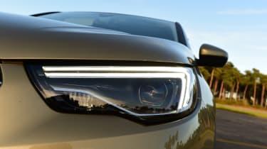 Vauxhall Grandland X - headlight