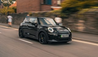 MINI hatch shadow edition - front