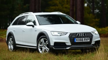 Audi A4 Allroad UK 2016 - front quarter