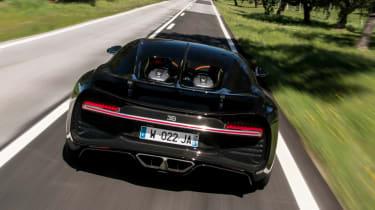 Bugatti Chiron - full rear tracking