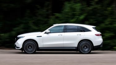Mercedes EQC - side
