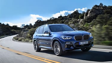BMW X3 - front panning