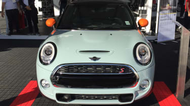 MINI Cooper S Hardtop Ice Blue - front