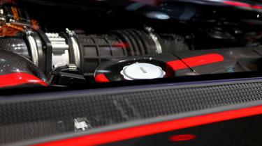 Ferrari LaFerrari Aperta engine