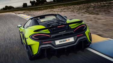 McLaren 600LT Spider - rear tracking