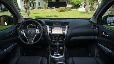 Nissan Navara Double Cab - interior