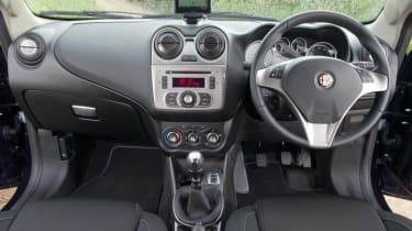 Alfa Romeo MiTo TwinAir cabin