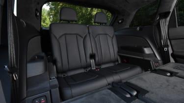 Audi SQ7 Vorsprung - back seats