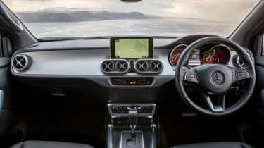 Mercedes X-Class review - front seats