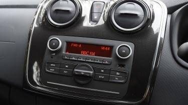Dacia Sandero - centre console