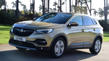 Vauxhall Grandland X - front action
