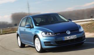 Volkswagen Golf BlueMotion front cornering