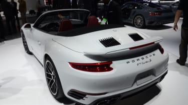 Porsche 911 Turbo Cabriolet 2016 - rear quarter show