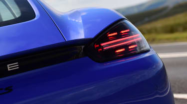 Porsche 718 Cayman - brake light