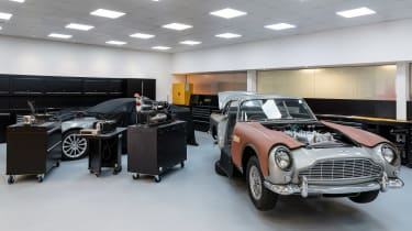 Aston Martin DB5 Continuation - factory