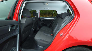Volkswagen Golf - rear seats