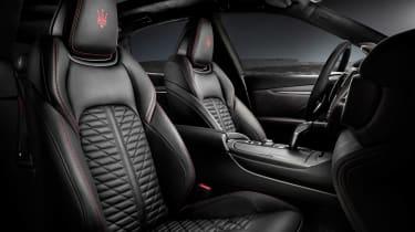 Maserati Levante Trofeo - front seats