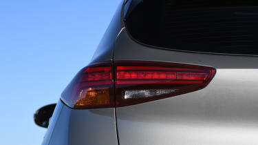 Hyundai Tucson 48v -rearlight