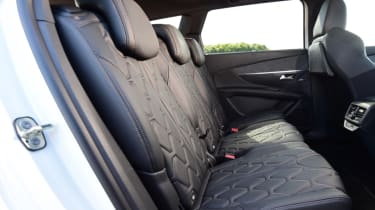 Peugeot 5008 - middle seats