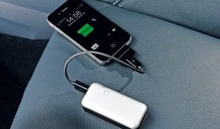 Just Mobile Gum emergency charger