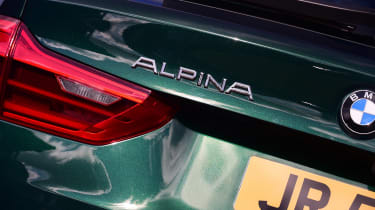 Alpina B5 Touring - Alpina badge