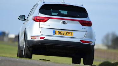 Kia Sportage - rear cornering