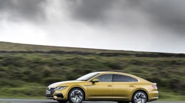Volkswagen Arteon - side
