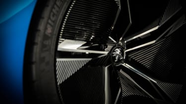 Peugeot Instinct concept - wheel detail