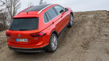 Volkswagen Tiguan 2016 - rear quarter