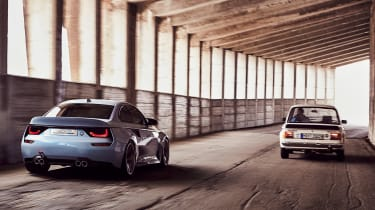 BMW 2002 Hommage - rear tracking