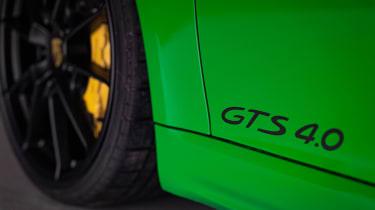 Porsche 718 Cayman GTS 4.0 - badge